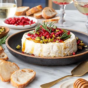 baked brie with pomegranates 300x300